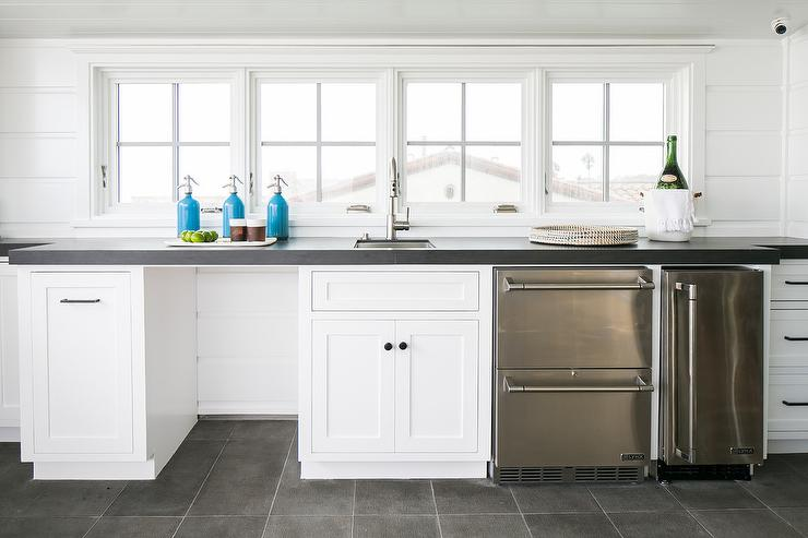 11 Ideas to Fill the Dishwasher Void in your Kitchen
